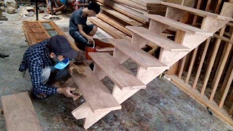 Монтаж деревянных ступеней