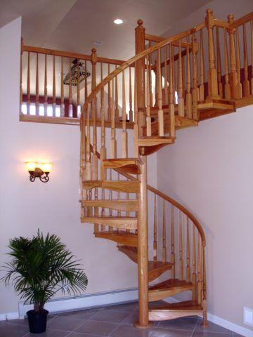 Перила лестницы на опорном столбе