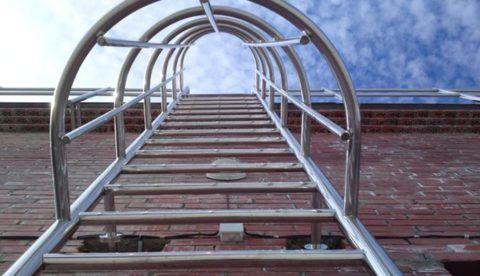 Пожарные лестницы из нержавейки