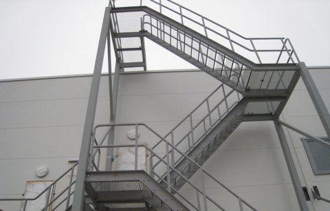 Пожарные лестницы оцинкованные