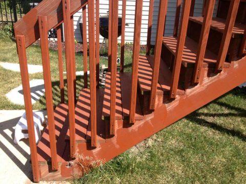 Простейшая установка перил на деревянную лестницу
