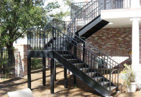 Сваренные железные лестницы для своего дома