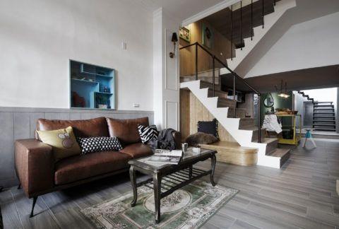 В современном интерьере дополнительное место для отдыха можно организовать при помощи подиума и мягких подушек