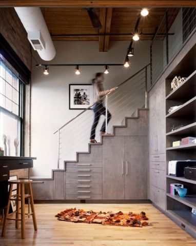Встроенная мебель для маленькой комнаты в современном стиле
