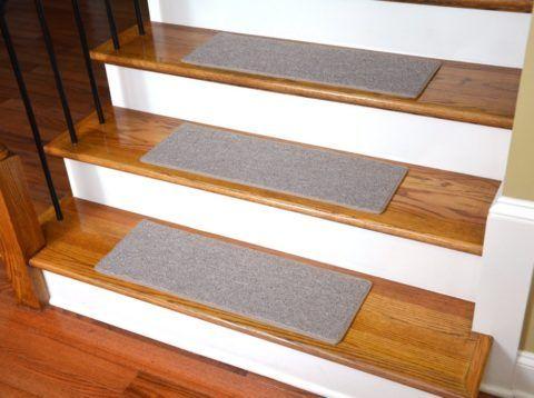 Бетонная конструкция с деревянными ступенями