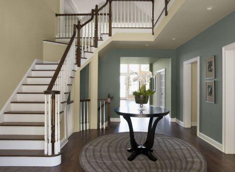 Дизaйн лестницы в прихожей