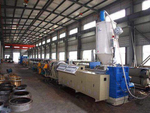 Экструзионная линия для производства изделий из ПВХ