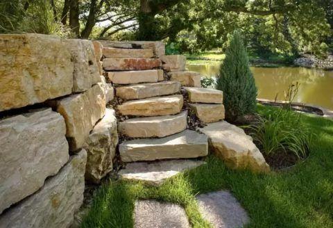 Сооружение из камня