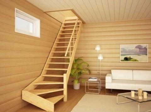 Деревянная лестница обойдется дешево, если построить ее самостоятельно