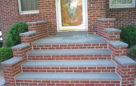 Комбинирование кирпича и бетона