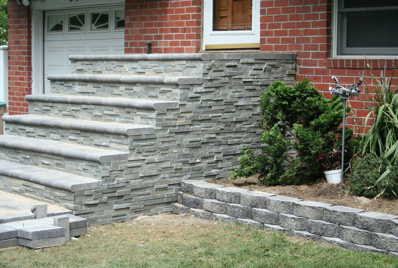 крыльцо дома из натурального камня фото что