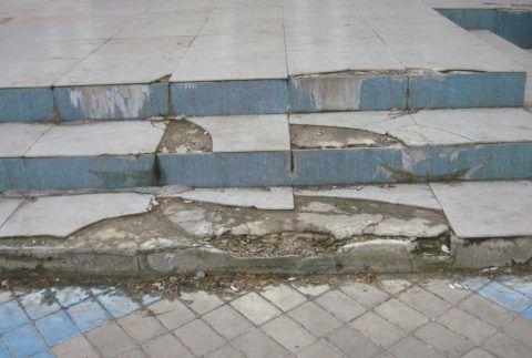 Многие разрушенные бетонные лестницы можно восстановить