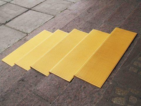 Резиновое покрытие на ступени
