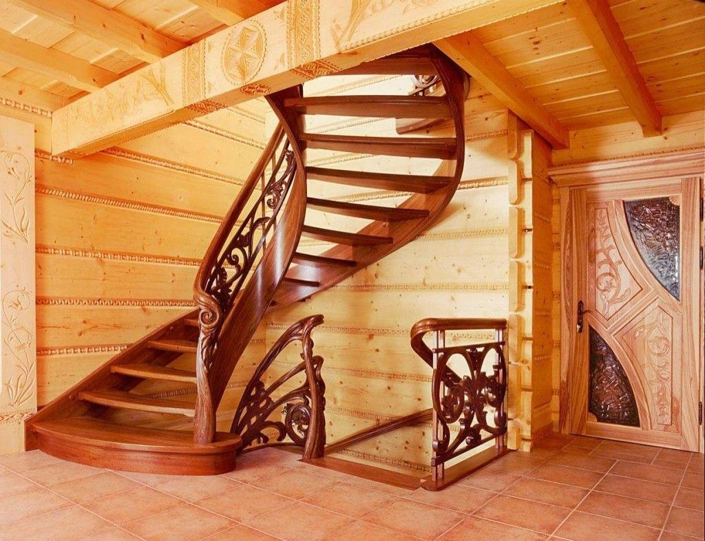 Деревянные лестницы в доме винтового типа