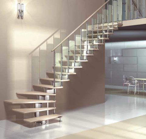 Лестница для второго этажа из металла и дерева от завода-изготовителя