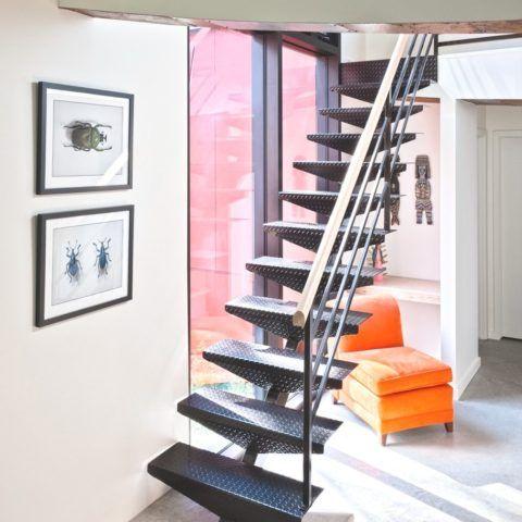 Лестница на второй этаж из железа