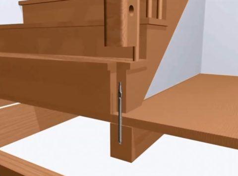 Шпилька ввинчена в пол