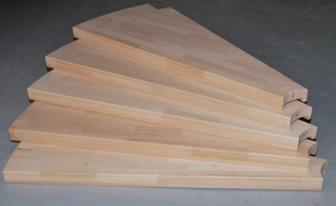 Забежные ступени, изготовленные из мебельного щита
