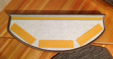 Ковролиновые накладки на ступени со скотчем