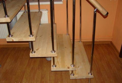 Стойки-балясины для модульной лестницы