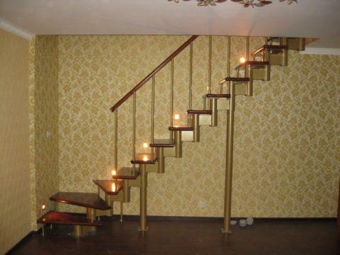 Лестница «Престиж» поворотная 90 градусов