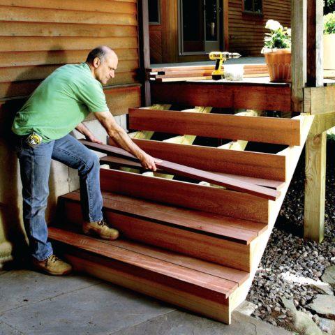 Установить такую лестницу можно за один день, а прослужит она много лет