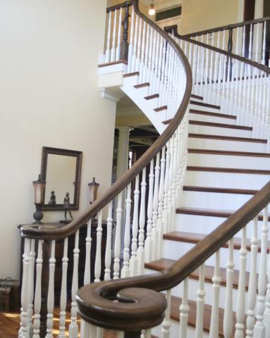 Эту лестницу можно назвать комбинированной