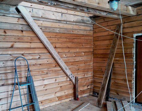 Как построить в доме лестницу – начало сборки