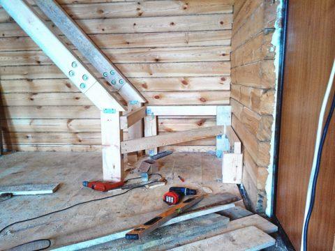 Строим лестницу на второй этаж