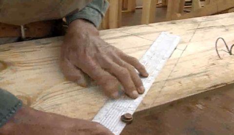 Косоуры для деревянной лестницы – линия пола и учет толщины покрытия
