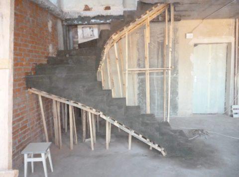 Сложные конструкции - бетонные лестницы