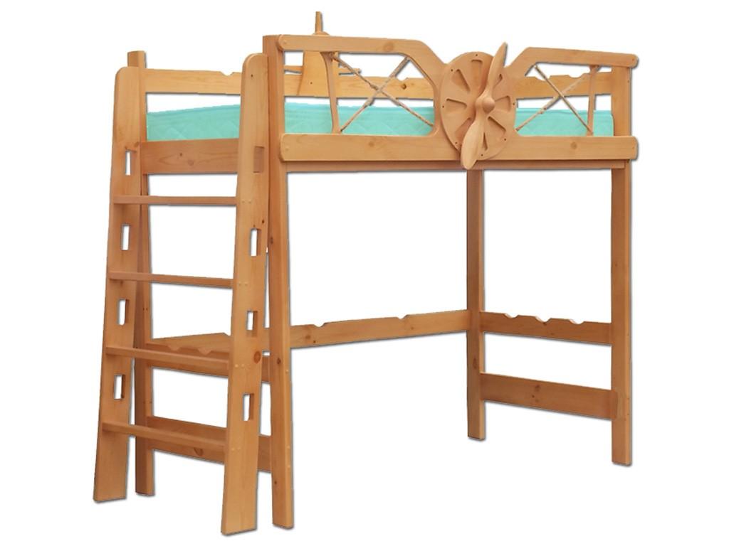 Кровать и лестница из массива сосны